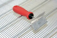 Reinigungskratzer für Metall-Rundstab Absperrgitter, 1 seite gezahnt